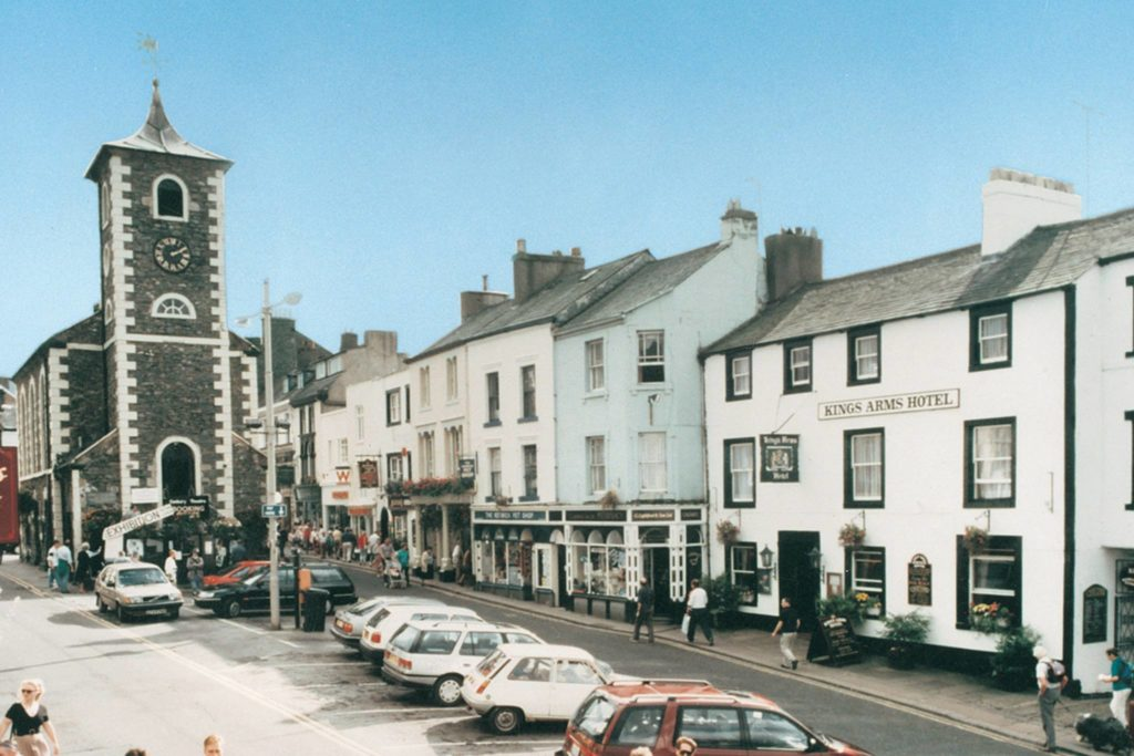 Kings Arms Hotel is purchased